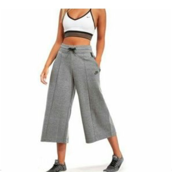 7f92f610cfc7d Nike Pants   Tech Fleece Capri Culottes   Poshmark
